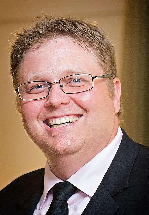 Head Shot of Thomas Barker, Huntington University Alumni Association President