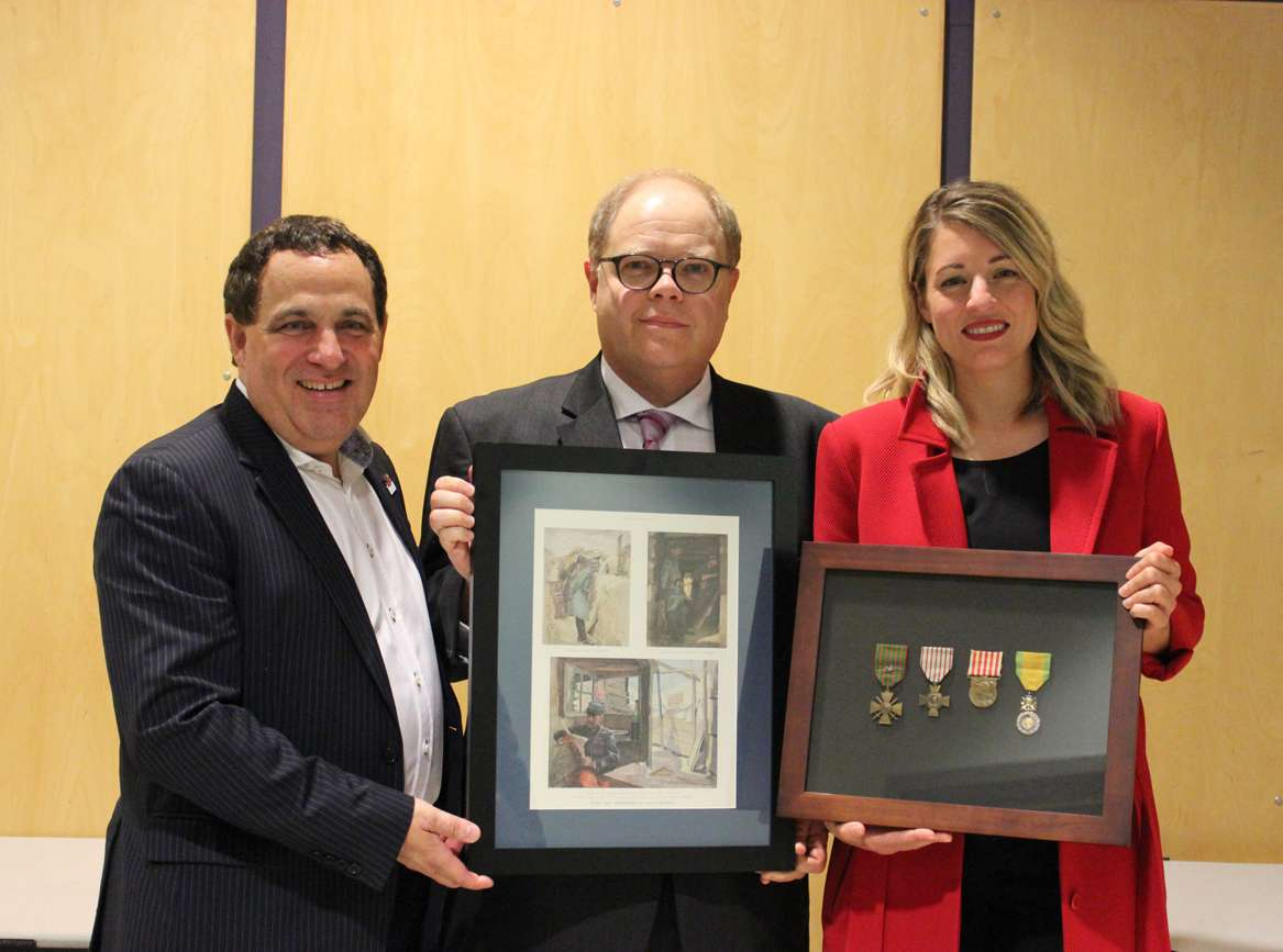 News Release Canada Heritage France Presentation to Minister Joly