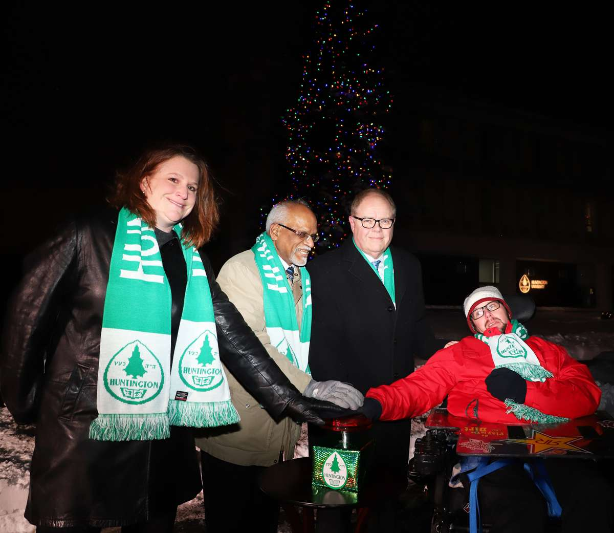 News Release 2018 Annual Tree Lighting