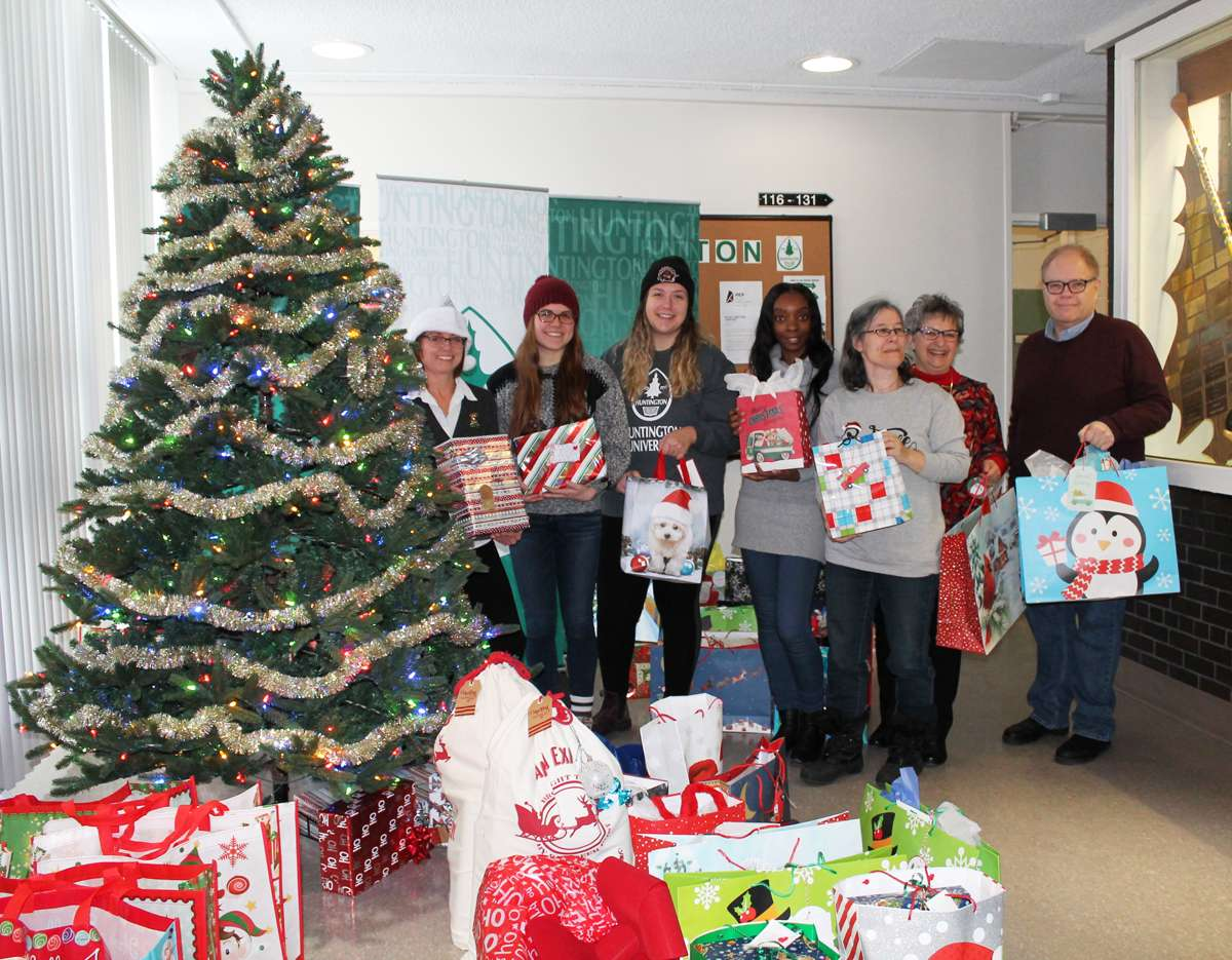 News Release HUGS 2018 Giving Tree